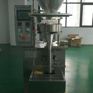 Вертикална пакетираща машина за гранули